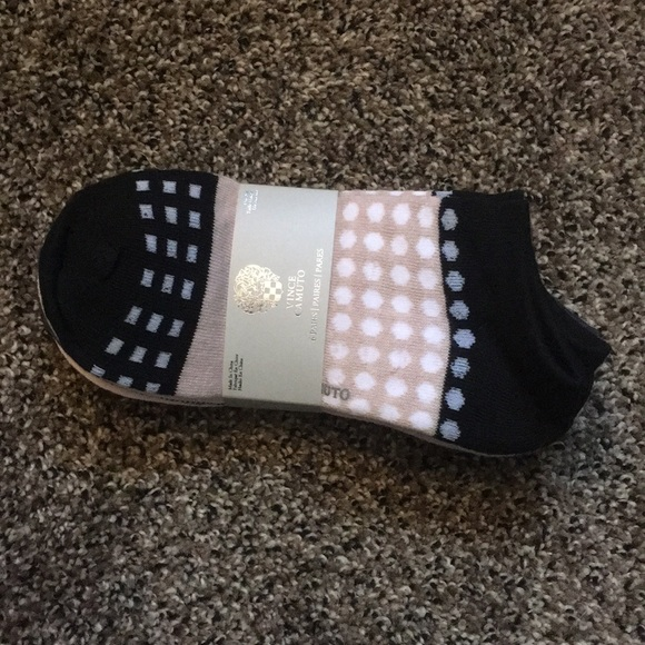 Vince Camuto Other - Vince Camuto Socks